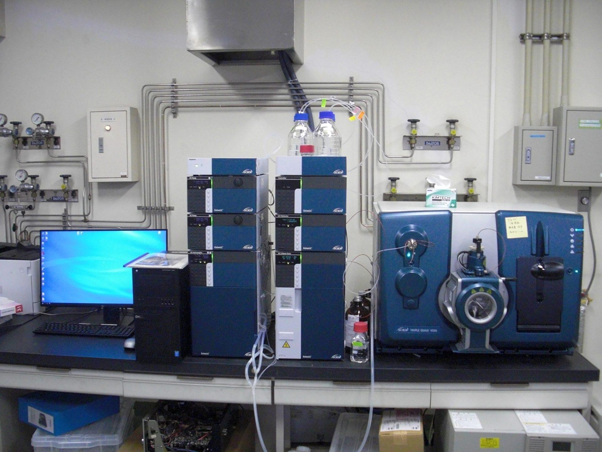 画像:高速液体クロマトグラフ質量分析